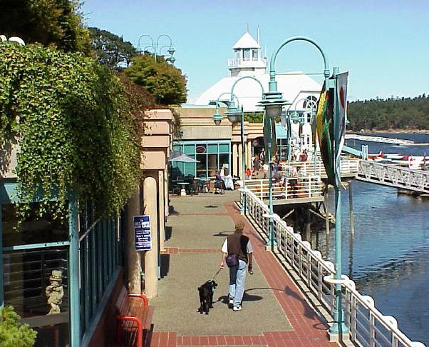 nanaimo's waterfront walkway shows off it's amazing vancouver island waterfront location